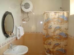 Armchair Toilet Avetis Hotel Stepanakert