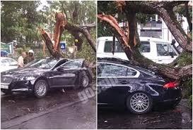 Car Accident Meme - 6602 jaguar car accident in colombo1291839666 meme meme rewards