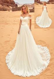 ivory wedding dresses best 25 ivory wedding gowns ideas on ivory wedding