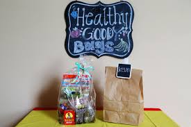 healthy goody bags for kid u0027s parties livestrong com