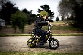 kids electric motocross bike amazon com jetson electric bikes junior e bike camouflage 15