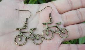 creative earrings 22 world s most creative and unique earrings for women