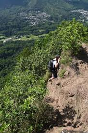 narrow picture ledge narrow ledge no ropes picture of olomana three peaks trail