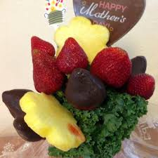 eatables arrangements edible arrangements 17 photos 70 reviews gift shops 390 el