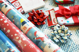 how to throw the best gift wrapping party gen y