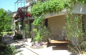chambre d hotes pernes les fontaines chambre d hôtes villa malossol à pernes les fontaines vaucluse