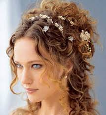 bridesmaid curly hair best curly wedding hairstyles for brides