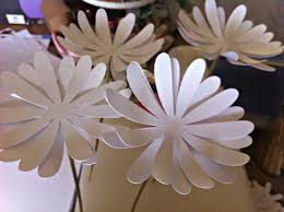 Making Of Flowers With Paper - diy wedding u2013 paper flower tutorial 1 craftification com