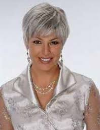 blonde streaks for greying hair unlock the keys to absolutely irresistible gray hair hairstyle blog