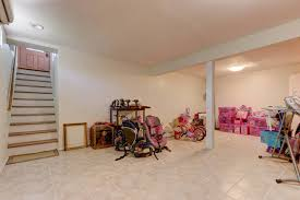 10 woodbury ct hicksville ny 11801 for sale nystatemls listing