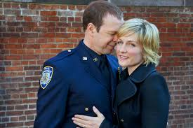 amy carlson hairstyles on blue bloods blue bloods cast discusses amy carlson s abrupt exit ew com