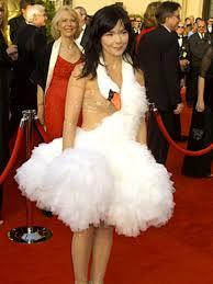 swan dress bjork s swan dress 10 iconic fashion moments