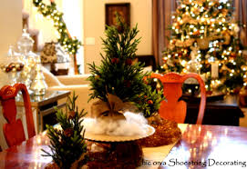 christmas decor for round tables christmas round table decoration ideas mariannemitchell me