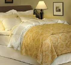 Good Down Comforters How To Choose A Duvet Or Down Comforter For Your Bed