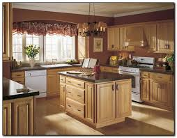 good kitchen colors great paint colors for small kitchens home design game hay us