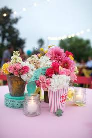 Wedding Centerpieces For Round Tables by Best 25 Circus Theme Centerpieces Ideas On Pinterest Circus