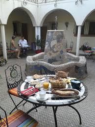 chambres d hôtes à collioure repas chambres d hôtes gîtes entre collioure et argelès sur mer