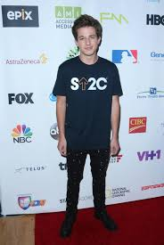 charlie puth jeans charlie puth sick charlie puth got steroid shots in his butt