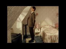 mr bean chambre 426 clip mr bean hotel room and tv mr bean finds his