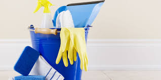 spring clean 15 genius spring cleaning tips cleaning hacks