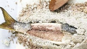 cuisiner du mulet recette de mulet en croûte de sel l express styles