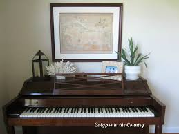 calypso in the country piano decorating