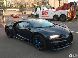 gold and black bugatti bugatti chiron 6 april 2017 autogespot