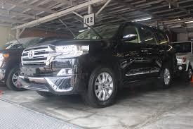 toyota land cruiser 2017 2017 toyota land cruiser gxr black u003e sscluxuryautomobile
