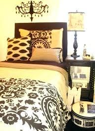 cheetah print bedroom decor leopard bedroom decorating ideas leopard bedroom decor cheetah