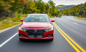 2018 honda accord 2 0t sport pictures photo gallery car and driver