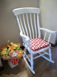 cuscini per sedia a dondolo sedie fai da te come realizzare cuscini in stile shabby