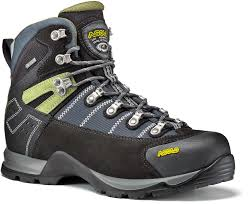 mens walking boots and men u0027s hiking boots go outdoors