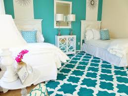 one room two beds u0027 u0027 guest room ideas guest bedroom ideas