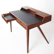 Contemporary Writing Desk Best 25 Writing Desk Ideas On Pinterest Fixer Upper Blog Fixer