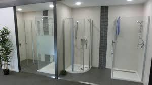 badezimmer ausstellung sanitär kühlert bauzentrum baumarkt baustoffe fliesen