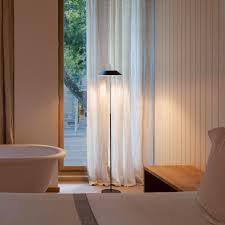 vibia mayfair floor lamp led floor lamps buy at light11 eu