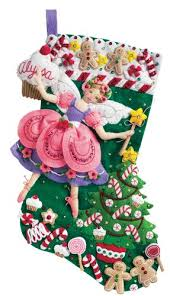 bucilla 18 inch felt applique kit