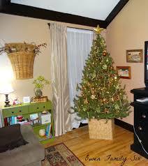 owen family six living room christmas tree 2013