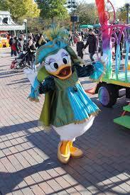 Daisy Duck Halloween Costume Worldwide Wednesdays Halloween Costumes Disneyland Paris
