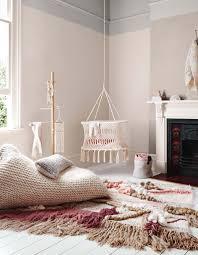 chambre bébé beige fille idee tour avec pale pour chambre idees decoration decorer