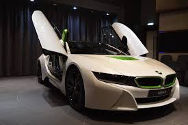 Bmw I8 Tuning - fabulous white bmw i8 with java green accents gtspirit
