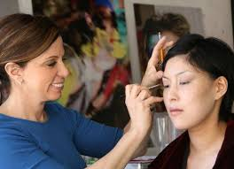 makeup artist classes chicago beauty school where to take makeup classes in chicago racked