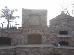 Pizza Oven Fireplace Combo by Smoker Fireplace And Brick Oven Combo Yes Please Future