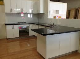 Cooktop Cabinet Kitchen Modern Steel Refrigerator Laminate Flooring Electric