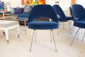 saarinen chairs six vintage knoll saarinen white tulip swivel