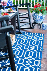 Royal Blue And White Rug How To Choose And Care For An Outdoor Rug Stonegable