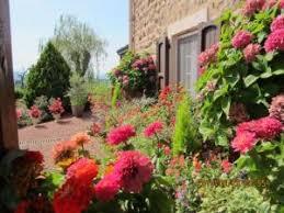 chambre d hote fleurie la ferme fleurie chambre d hôtes à bourg de thizy