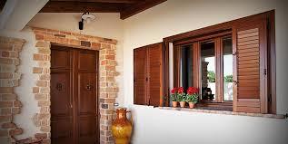 persiane alla romana finestre in legno a roma su misura infissi a taglio termico ad