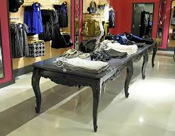 display tables for boutique 4 x 14 display table castle design and fabrication