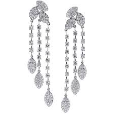 chandelier earrings diamond chandelier drop earrings 18k white gold 6 72 ct